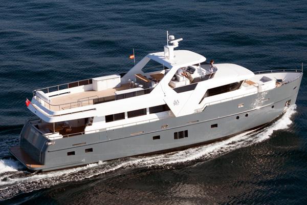 Monte Fino E85 ecHo Long Range Explorer yacht | Luxury Motor Yachts
